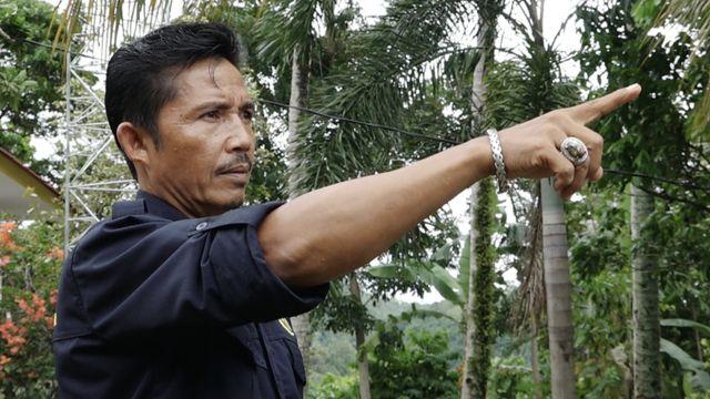 Suwarno mengandalkan pantauan dengan mata dan telinga selagi alat pemantau rusak.