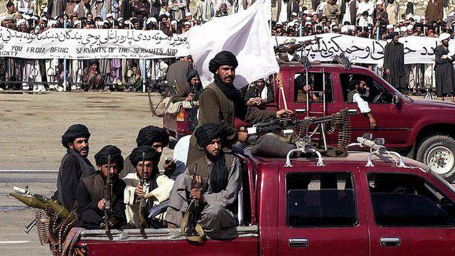 Combatentes do Taliban em 2001