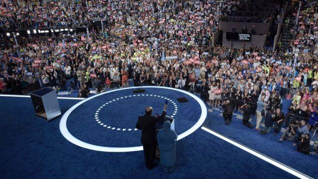 Khan en la Convención