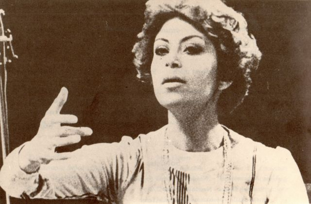 گلنوش خالقی نخستین زن ایرانی بود که به شکل تخصصی در رشته رهبری تحصیل کرده بود