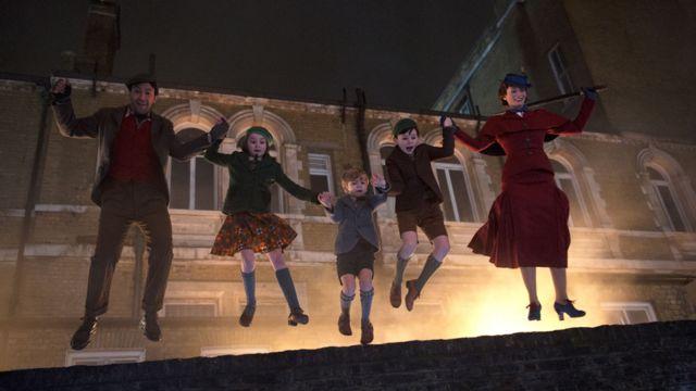 Lin-Manuel Miranda, Pixie Davies, Joel Dawson, Nathanael Saleh and Emily Blunt in Mary Poppins Returns