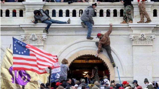 Invasão ao Capitólio, nos EUA, em 6 de janeiro