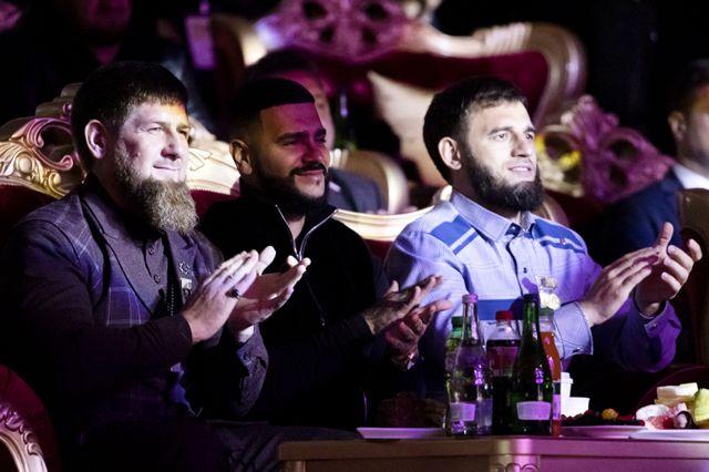 Рамзан Кадыров, Тимати и мэр Грозного Якуб Закриев на дне рождения столицы Чечни в 2019 году