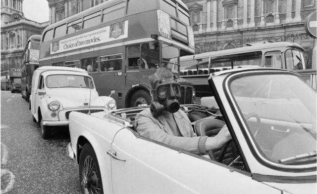 Poluição do escapamento de 1971