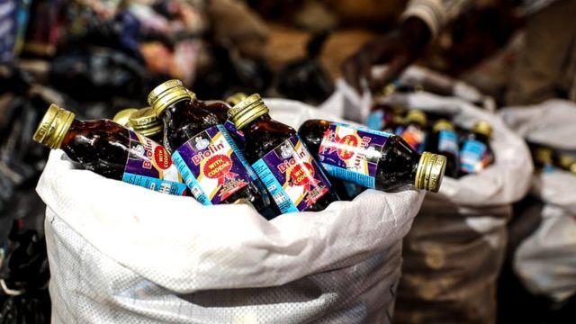Garrafinhas de xarope para tosse com codeína