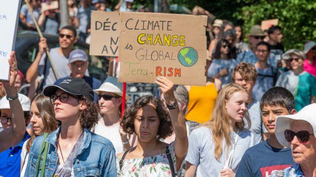 Protesta en Suiza este mes para exigir acciones por el cambio climático