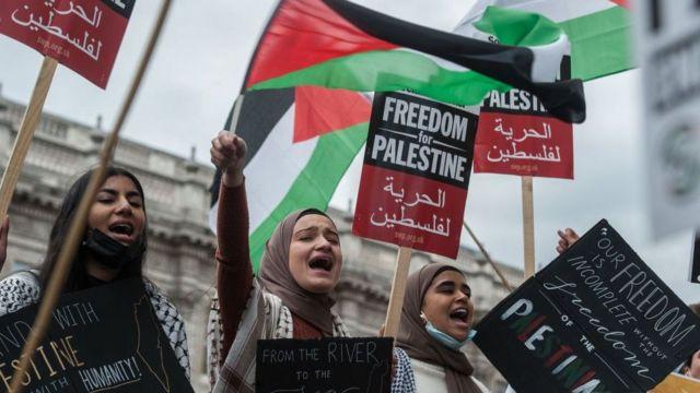 """""""الغارديان حثت الإدارة الأمريكية الجديدة على """"إدانة ما تفعله السلطات الإسرائيلية"""