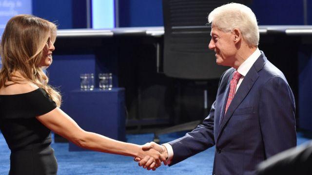 Melania Trump y Bill Clinton