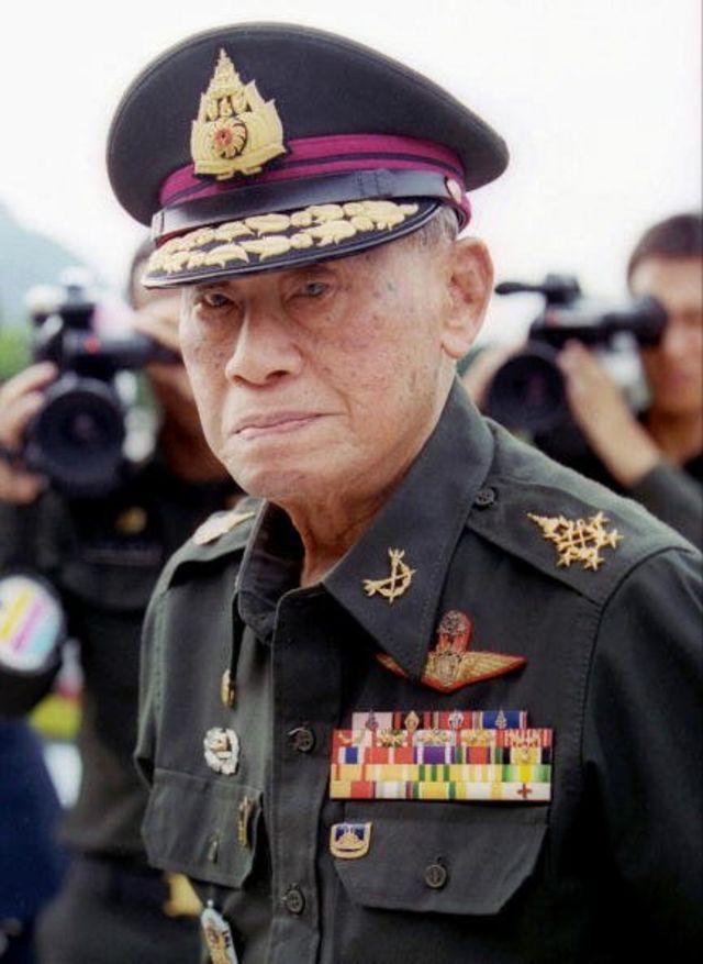 จอมพลถนอม กิตติขจร อดีตนายกรัฐมนตรีของไทยและผู้นำการรัฐประหา