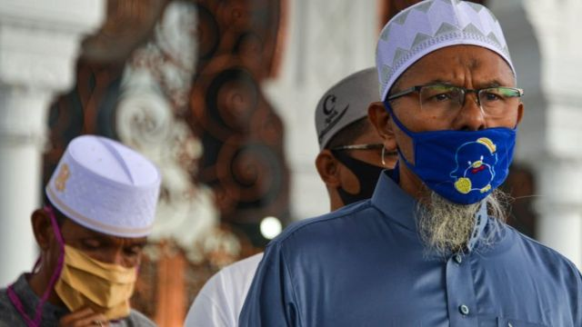 صلاة العيد في باندا اجيه في اندونيسيا