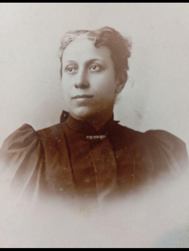 Marie Scottron, uma das filhas do casal Mundrucu