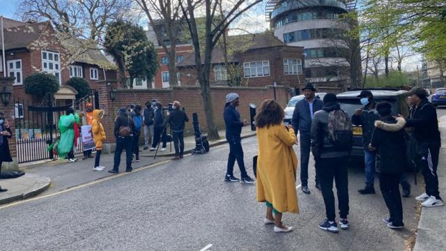 Nigerians dey protest for Abuja House in London