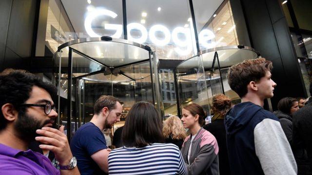 Google staff walk out