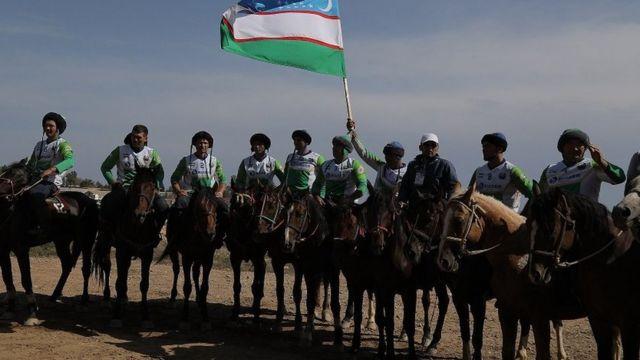 Өзбекстандын көк бөрү командасы