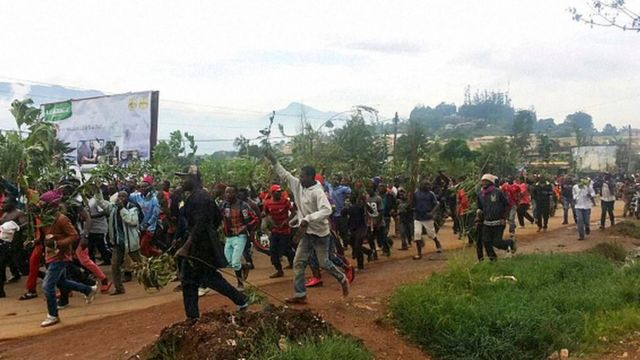 Certaines populations des régions anglophones réclament l'autonomie pour les zones du nord-ouest et du sud-ouest du cameroun