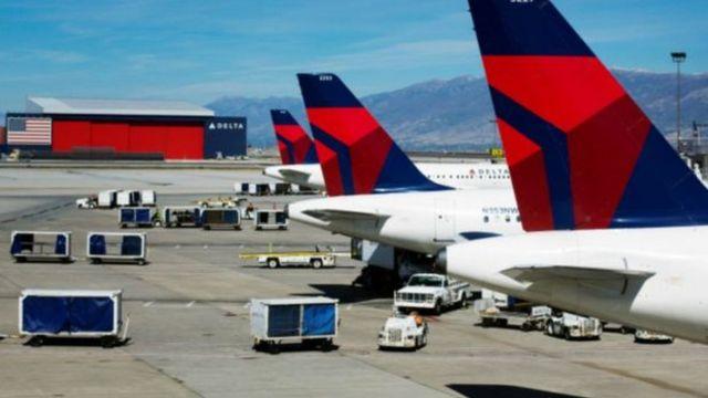 طائرات تابعة لشركة دلتا.