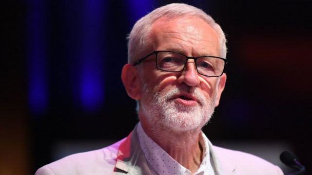 Labour anti-Semitism row: Advert criticises Jeremy Corbyn