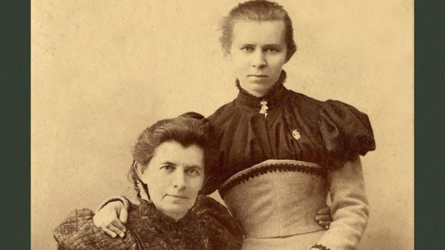 Леся Українка із мамою Ольгою Косач (Олена Пчілка)