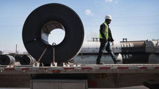 Chính quyền Trump nói rằng bảo vệ các nhà sản xuất thép và nhôm của Mỹ là vấn đề an ninh quốc gia
