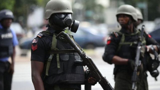 Nigeria police recruitment 2020: How much be Nigeria police salary?  Benefits and oda tins you need to know about di force - BBC News Pidgin
