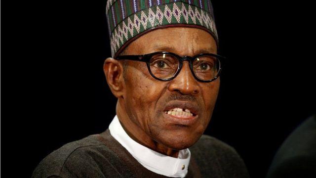 Perezida Muhammadu Buhari amaze igihe kinini akitswe n'amagara, yarahagurukiye ibiturire