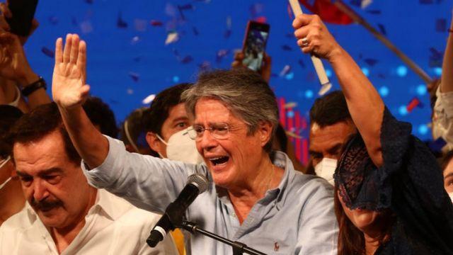 Quién es Guillermo Lasso, el banquero que a la tercera venció a la  izquierda correísta y será el nuevo presidente de Ecuador - BBC News Mundo