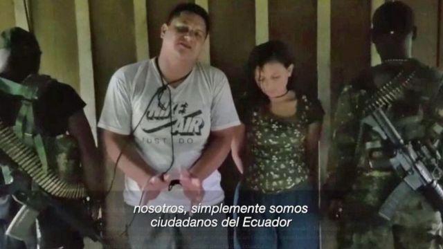 Captura del video de la pareja secuestrada.