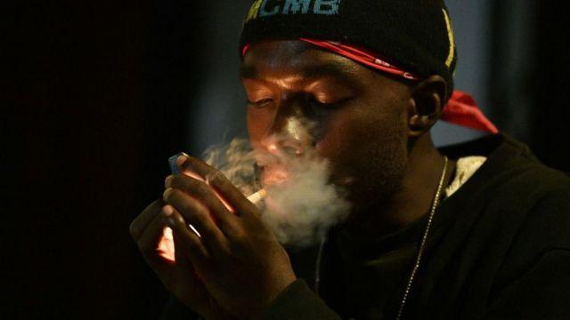 High There, une appli de rencontres pour fumeurs de cannabis exigeants