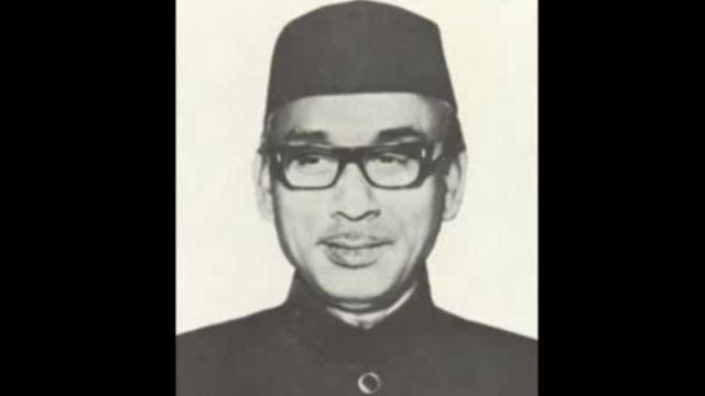 खोंडकार मुश्ताक अहमद