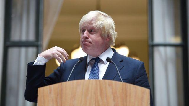Boris Johnson em seu primeiro dia como chanceler, em 14/7/2016
