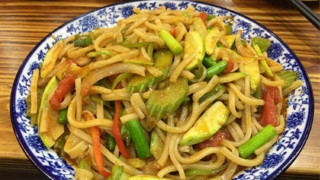 """Noodles"" fdel restaurante de Xian"