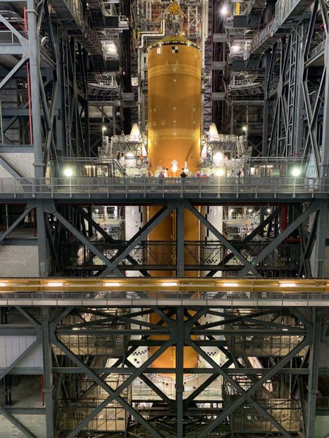 الجزء الرئيسي من صاروخ الإقلاع الفضائي