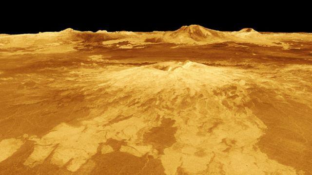 Imagen generada por computadora de Sapas Mons, uno de los volcanes de Venus.