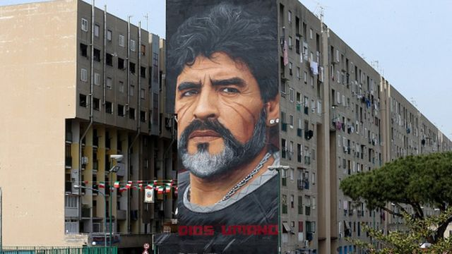 Mural de Maradona en Italia