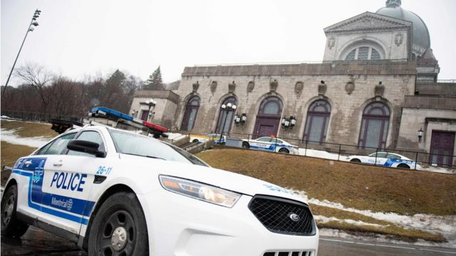 Priest stabbed during mass at Montreal's Saint Joseph's Oratory
