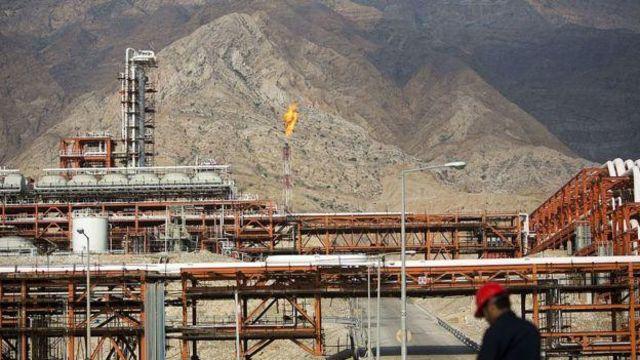 بنابر اعلام وزیر نفت ایران قرار است شرکت پتروپارس به تنهایی فاز ۱۱ میدان گازی پارس جنوبی را توسعه دهد