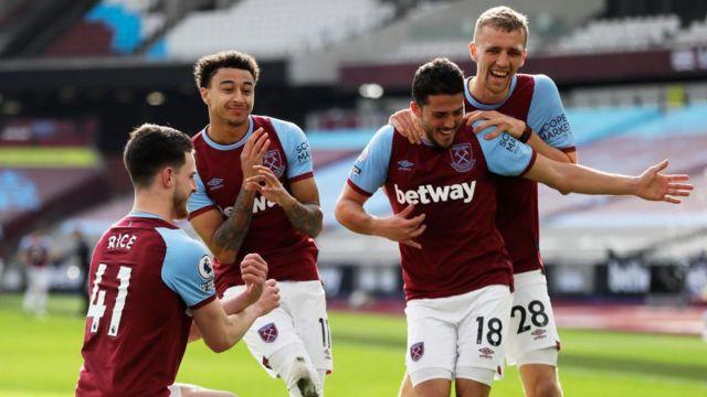 West Ham celebrate a goal against Tottenham