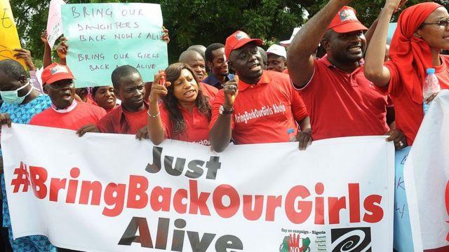 Pipo wey dey do protest on top di Chibok girls mata