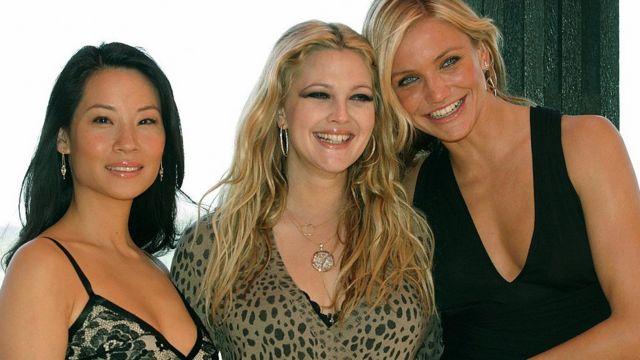 از چپ به راست لوسی لو، درو بریمور و کامرون دیاز که در فیلم فرشتگان چارلی بازی کردند