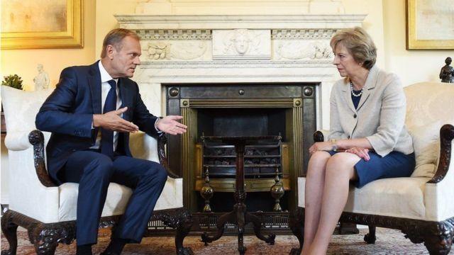Ra'iisul wasaare Theresa May iyo madaxa guddiga Yurub, Donald Tusk oo kulan ku yeeshay London horaanti sanadkan