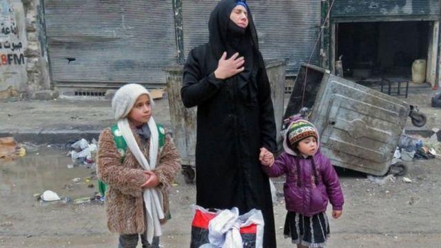 सीरियाई महिला और बच्चे