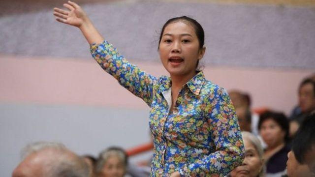 Bà Nguyễn Thị Thùy Dương, người phụ nữ ném giày vào bà Quyết Tâm vì 'bức xúc lâu năm'.