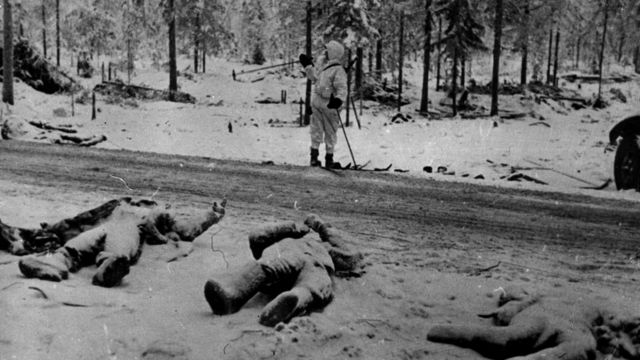 Тела красноармейцев, погибших в битве при Суомоссалми (декабрь 1939 года)