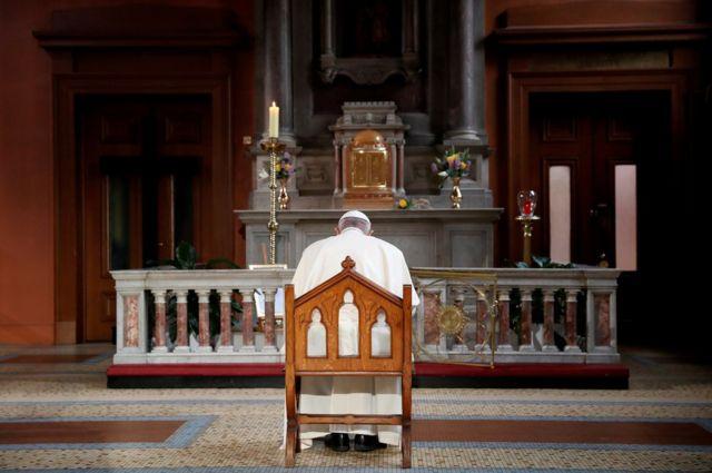Понтифик в церкви Святой Марии в Дублине