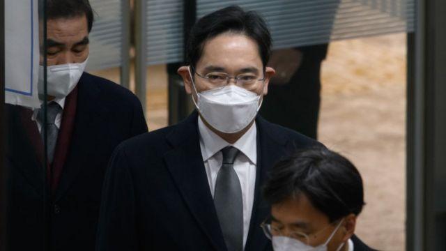 Фактический глава Samsung Ли Джэ Ён в суде в Сеуле 18 января 2021 года