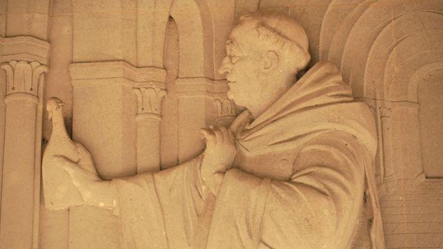 Imagem de Dom Perignón na abadia de Hautvilliers