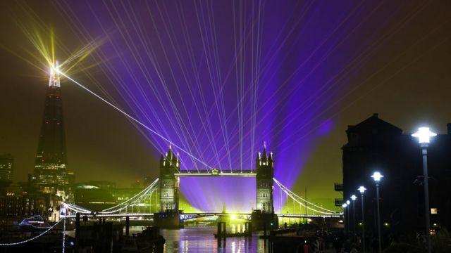 Лазерное шоу в Лондоне