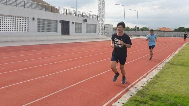 นักเรียนเตรียมสอบตำรวจสายปราบปรามฝึกซ้อมเท่ากับวิ่งระยะทางจริง