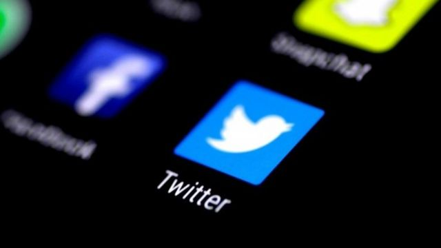 Twitter removes Iranian-backed accounts