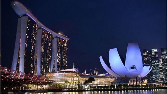 Việt Nam thua xa Singapore 'từ hạ tầng cho đến thượng tầng' - BBC News  Tiếng Việt